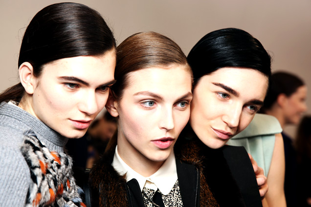 chloe-fall-2013-low-ponytail-side-part