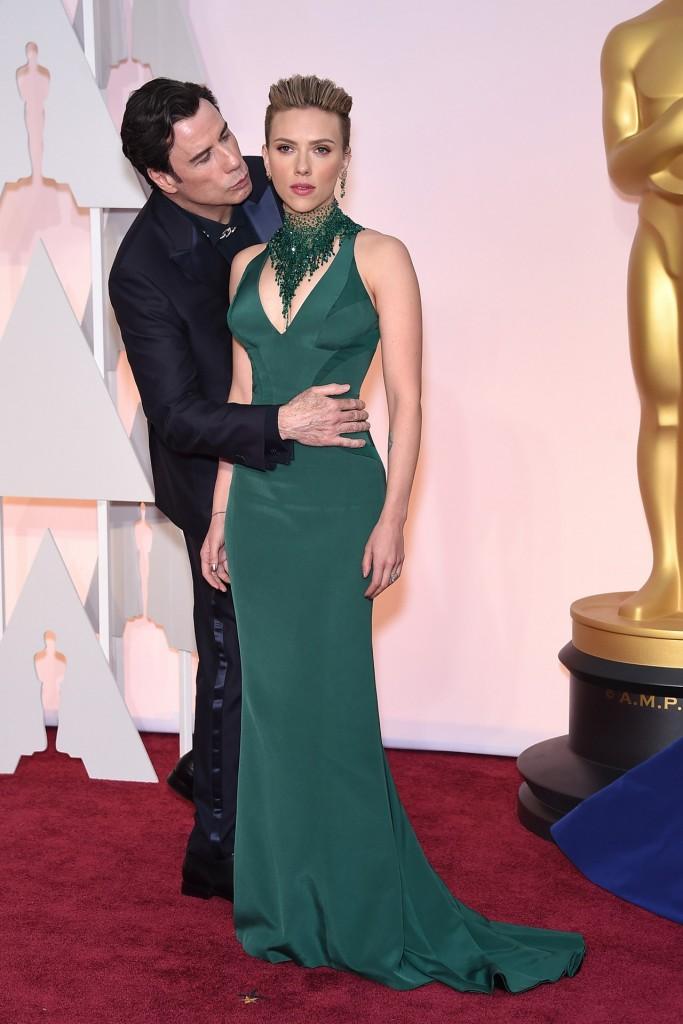 John-Travolta-Scarlett-Johansson-Vogue-23Feb15-PA_b